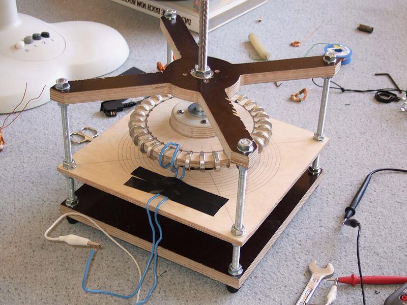 www.dasWindrad.de • Thema anzeigen - eisenlosen Generator selber ...
